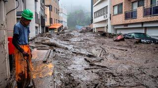 Impactante Tsunami un importante deslizamiento de tierra en Atami, Japón
