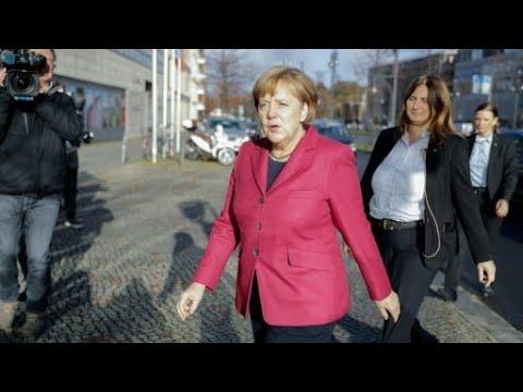المستشارة الألمانية تسعى لتشكيل ائتلاف حاكم في محاولة أخيرة لتجنب أزمة سياسية  - نشر قبل 1 ساعة
