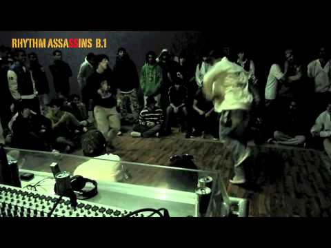 THE RA RHYTHM ASSASSINS B1.VENOM VS. BBOY WALEED (962 STREET)
