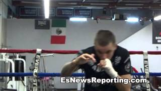 Ivan Redkach vs Jorge Linares - redkach ready to fight anywhere anytime EsNews