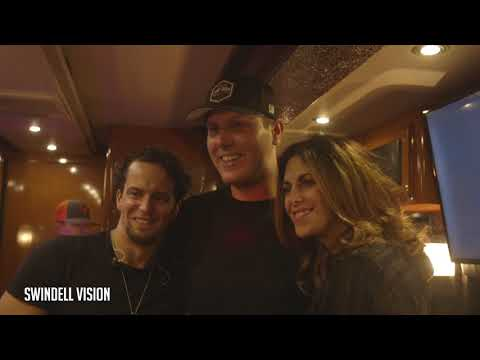 Cole Swindell 2017 Episode 35 - Tootsie's 57th Anniversary Birthday Bash