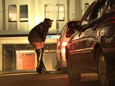 Les prostitu es de marseille ind sirables doovi - Prostitution salon de provence ...