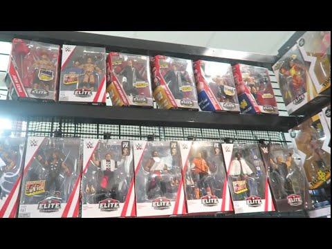 HUGE WWE FIGURE HUNT AT THE WRESTLING SHOP!!!