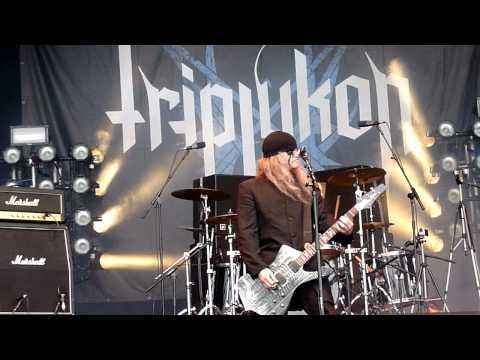 Triptykon : Tom G. Warrior speech + Circle Of The Tyrants @ Bloodstock Festival 2011