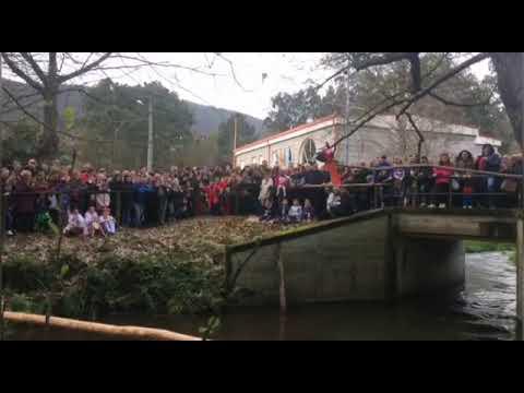 Abel Fernández volve imporse no galo no río