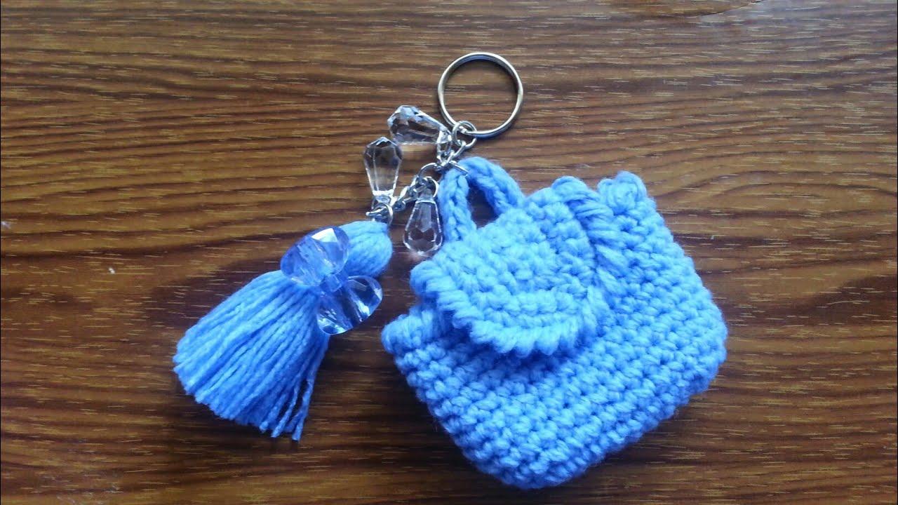 Miniature Crochet Backpack Keychain | Crochet keychain pattern ... | 720x1280