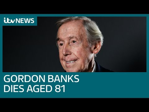 England World Cup-winning goalkeeper Gordon Banks dies aged 81 | ITV News