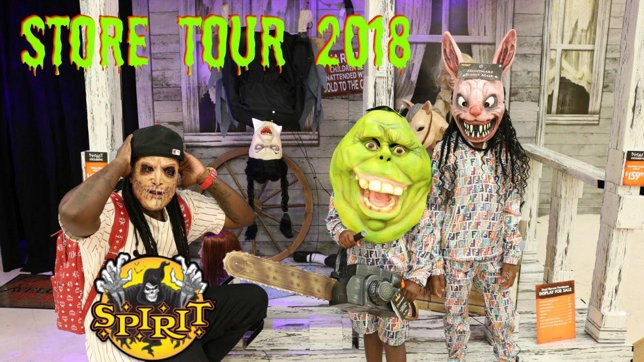 family-trip-to-spirit-halloween-store-tour-2018