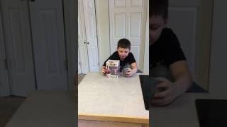 Unboxing ROBLOX figure and Pink Power Ranger Funko Pop