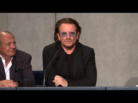 819003379 Bono discute com papa abusos sexuais do clero - YouTube
