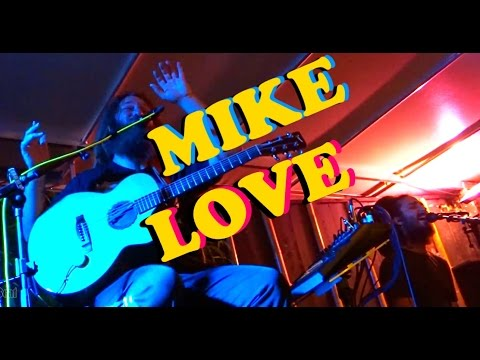 Mike Love LIVE - BAGUS