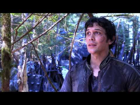Exclusive! 'The 100' Author Kass Morgan Interviews Bob Morley from YouTube · Duration:  2 minutes 48 seconds