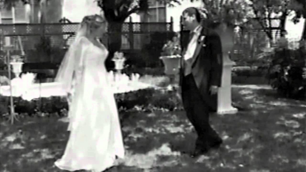 Xavier & Patrice.. Wedding Karaoke to Elephant Love Melody ... - photo#4