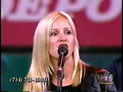 Crystal Lewis at Harvest Crusade 1999 - YouTube