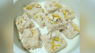 How to make kalakand। कलाकन्द बनाना सीखें घर में| kalakand recipe in hindi| Easy kalakand recipe