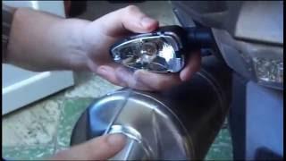 Remplacer un clignotant moto BMW