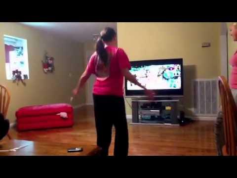 Niqui's dance moves:) thumbnail