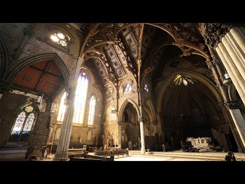 Exploring an Incredible Abandoned Cathedral