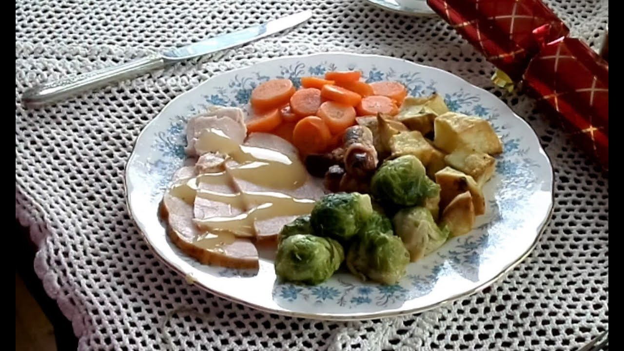 traditions food a traditional british christmas lunch - British Christmas Traditions
