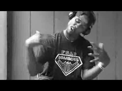 Kendrick Lamar MAAD CITY ASL SIGN LANGUAGE LYRICS YAWK YAWK YAWK