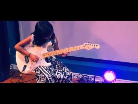 Aathadi Aathadi - Guitar Cover by Kavisa ft. Kumaran