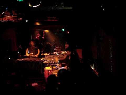 E. F. S. en Cairo Stereo Club