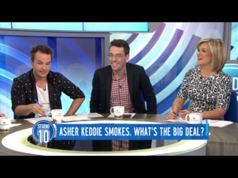 Asher Keddie Smokes. What's The Big Deal?