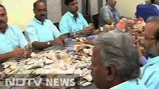 week after ban high currency notes make way to donation boxes in temples