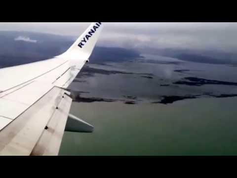 Hyperlapse of Ryanair landing in Podgorica Airport, Montenegro