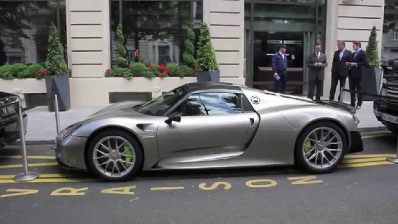 my first porsche 918 spyder spotted in paris youtube. Black Bedroom Furniture Sets. Home Design Ideas