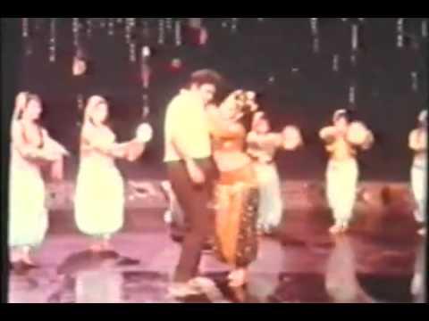 Gulshan Gulshan Pyar Ki Baatein Kya Rakha Hai Do Ladkiyan 1976 Singer  Mohd Rafi Saab   Lata Mangeshkar