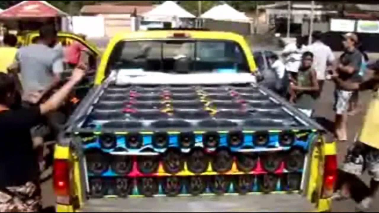 Fotos de caminhonetes equipadas com som 82