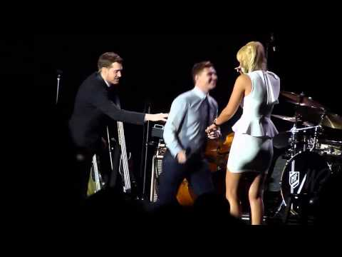 Michael Bublé - Marriage proposal on stage (Ahoy Rotterdam)