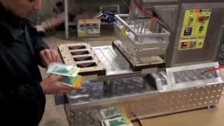 Приварка блистера к картону АППБ-06. Упаковка метизов в блистерную упаковку.(Приварка блистера к картону АППБ-06. ТПП «Буман» Вакуум-формовочное оборудование. Вакуум-формовочные термо..., 2011-07-18T16:26:06.000Z)