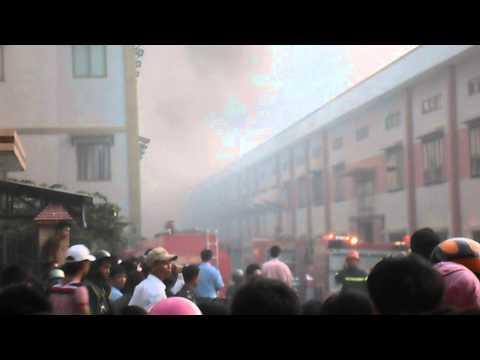 Cháy lớn tại khu công nghiệp sống thần Bình Dương