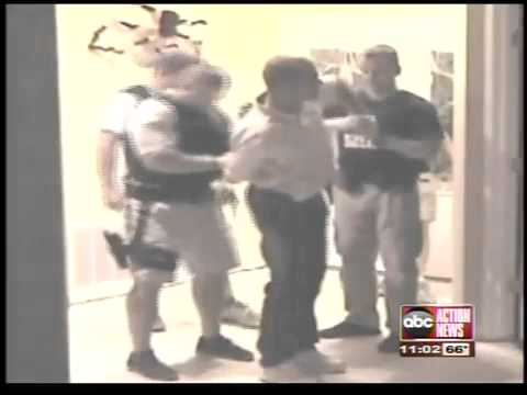 Video: Online sex predator sting