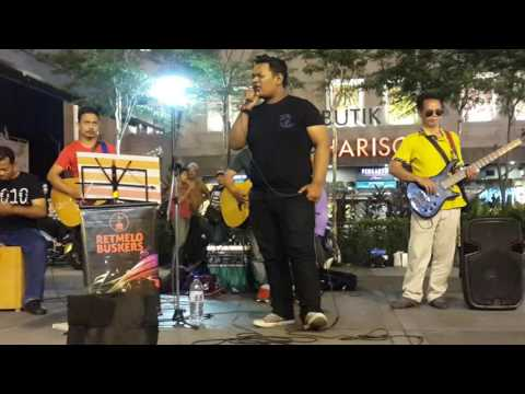 Gugurnya Bunga Cinta-penonton Dari Sabah Feat Retmelo Buskers Cover Laksamana,tarik Power