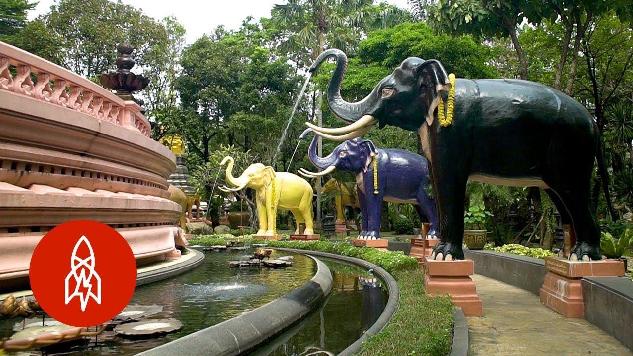 Climb Inside Thailand's Three-Headed Elephant