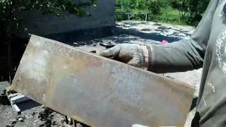 Как загнуть толстый лист металла.(Острый угол загиба металла,толщиной 1,5-2-4мм....руками., 2016-05-28T12:16:11.000Z)