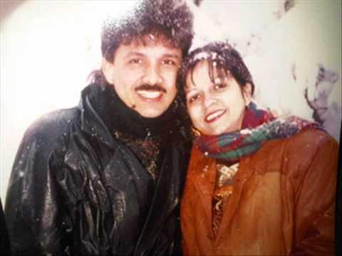 Esposa joven con moreno y marido filmando - 1 part 6