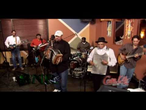 "Horace Trahan & the New Ossun Express - ""Keep Walking"" 2010"