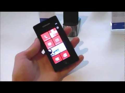 English: Samsung Omnia W hands on