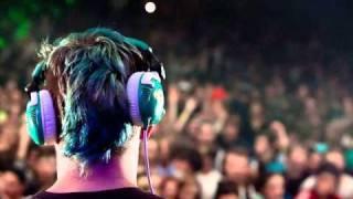 Cracks (Flux Pavillion Remix) vs Wheres Ya Head At DIINCH HOUSEMASHEDIT
