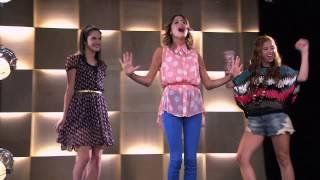 Violetta: Las chicas cantan ¨Código Amistad¨ (Temp 2 Ep 39)