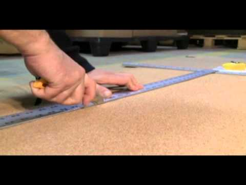 How to install a cork roll on a wall
