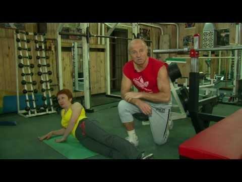 Александр Карелин провел утреннюю гимнастику на центральной площади Горно-Алтайскаиз YouTube · Длительность: 1 мин46 с