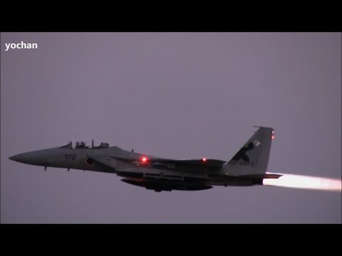 Full Afterburner!! F-15 Eagle Fighter jet aircraft.Night takeoff