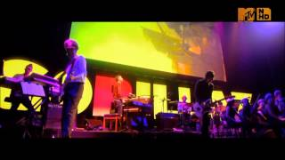 Gorillaz - Glitter Freeze (Live @ London's Roundhouse)