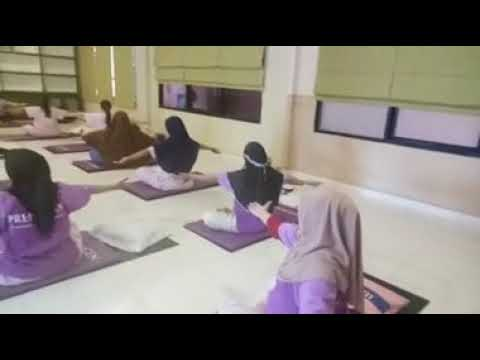 Senam Hamil (Yoga Prenatal Class) With Bidan Sherlly
