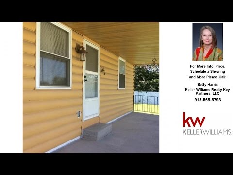 901 S 55th Street, Kansas City, KS Presented by Betty Harris.